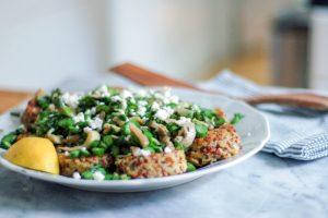 Quinoa Cakes with Asparagus and Mushrooms