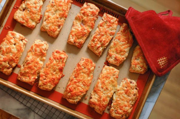 Bacon Cheddar Scones | Blossom to Stem | Because Delicious | www.blossomtostem.net