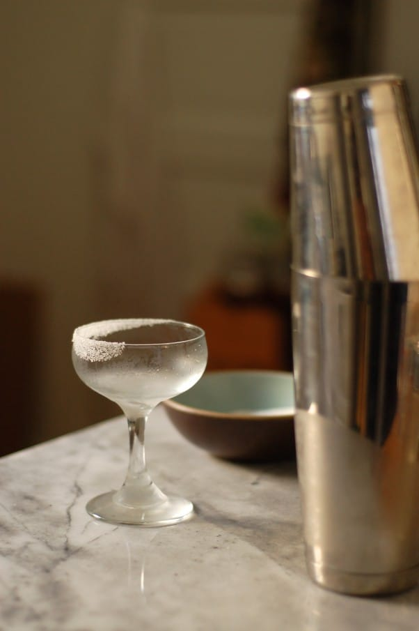 The Perfect Pear Cocktail. A lovely sipper for your autumn happy hours. From Blossom to Stem   Because Delicious www.blossomtostem.net