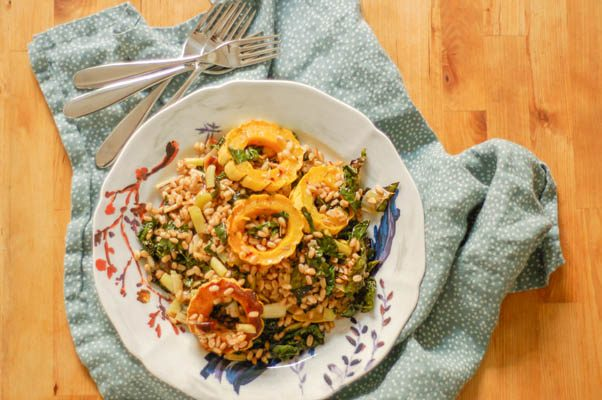 Roasted Delicata Squash, Kale, and Leeks with Farro. A lovely autumnal grain salad. From Blossom to Stem | Because Delicious www.blossomtostem.net