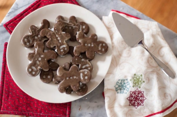 Soft Gingerbread Cookies. A soft and spicy Christmas cut-out cookie. From Blossom to Stem | Because Delicious www.blossomtostem.net