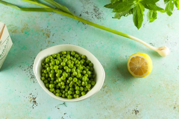 Crushed Peas with Mint and Olive OIl. A light spring melange of peas and mint that's lovely on toast or as a simple side. From Blossom to Stem   Because Delicious www.blossomtostem.net #vegetarian #glutenfree #recipe