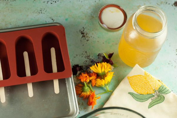 Lemon Elderflower Popsicles with Edible Flowers. From Blossom to Stem | Because Delicious www.blossomtostem.net