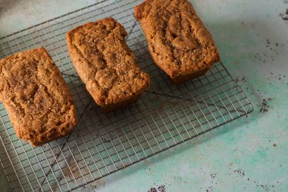 Spiced pumpkin cakes