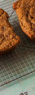 Pumpkin Tea Cake. A simple, moist, generously spiced pumpkin cake that's perfect for fall. From Blossom to Stem | Because Delicious | www.blossomtostem.net