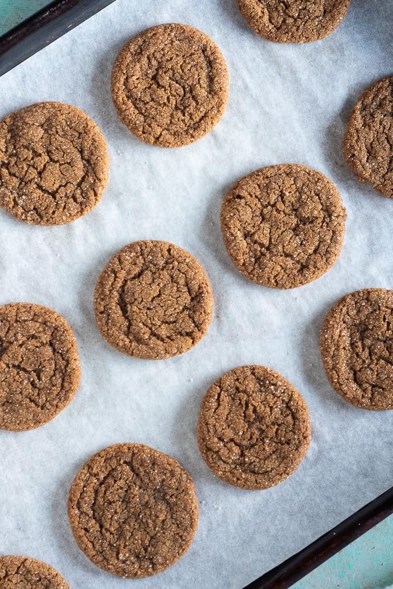 Chewy Citrus Molasses Spice Cookies. Simple fragrant chewy cookies with orange, ginger, cinnamon, nutmeg, and cloves. #easycookies #molasses #holidaycookies #christmasscookies