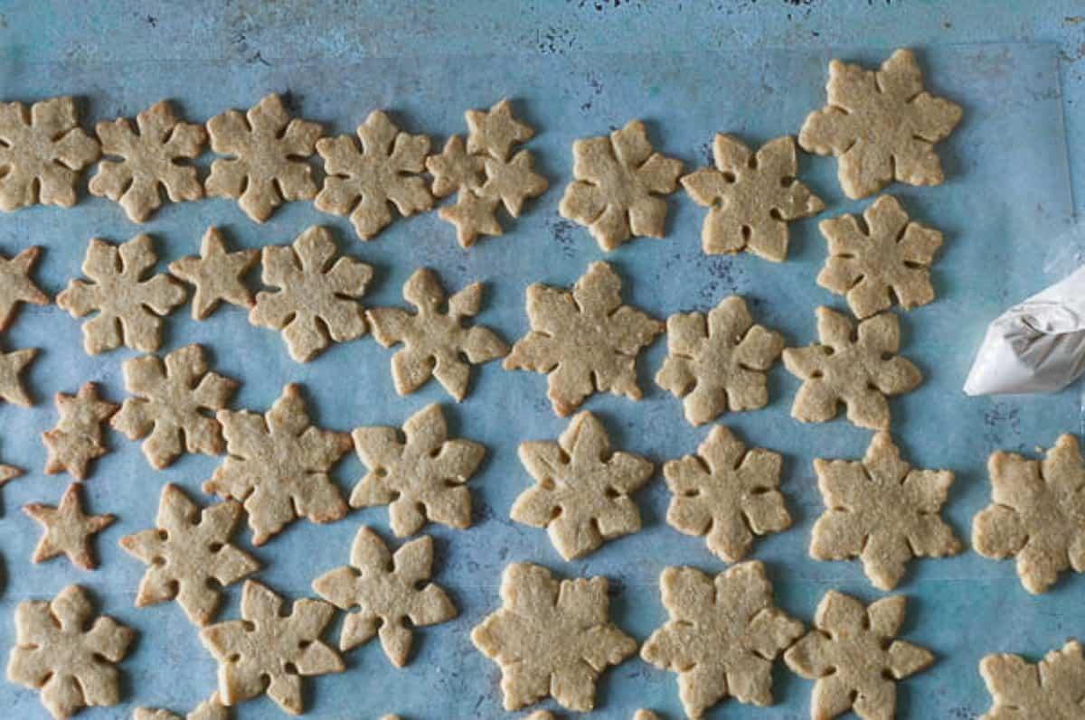 Orange Cardamom Snowflake Cookies before being iced