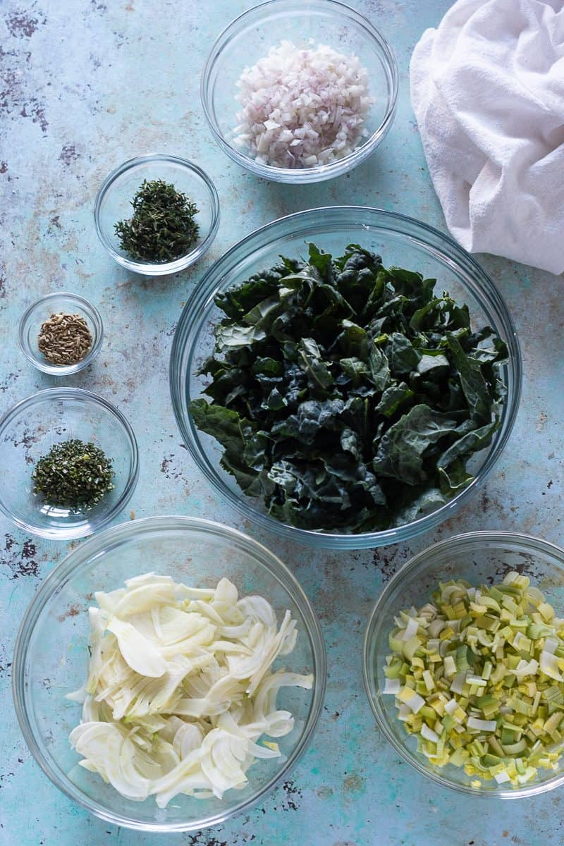 Sliced fennel, rosemary, fennel seed, thyme, minced shallots, sliced Tuscan kale, diced leeks